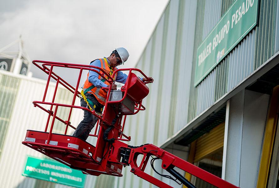Operación de plataforma de trabajo en altura Manlift