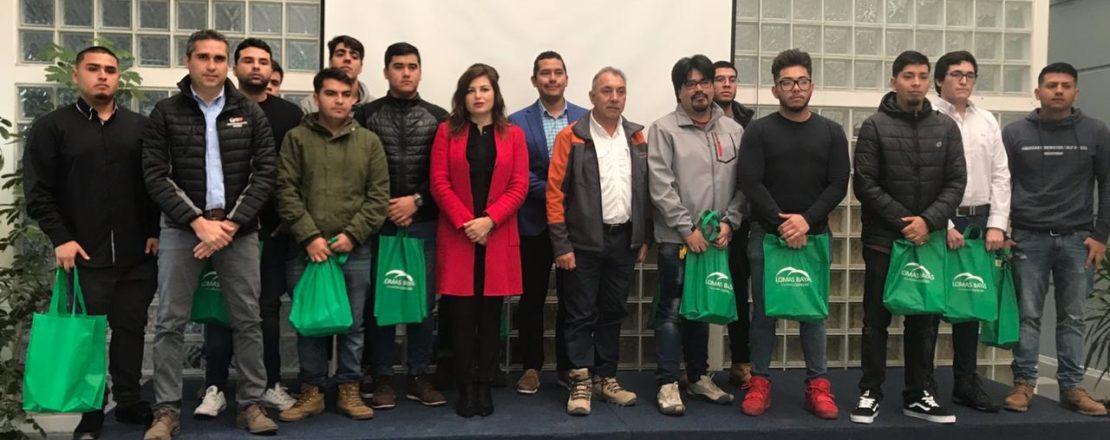 Jóvenes participan en una nueva versión del Programa Aprendices de Minera Lomas Bayas
