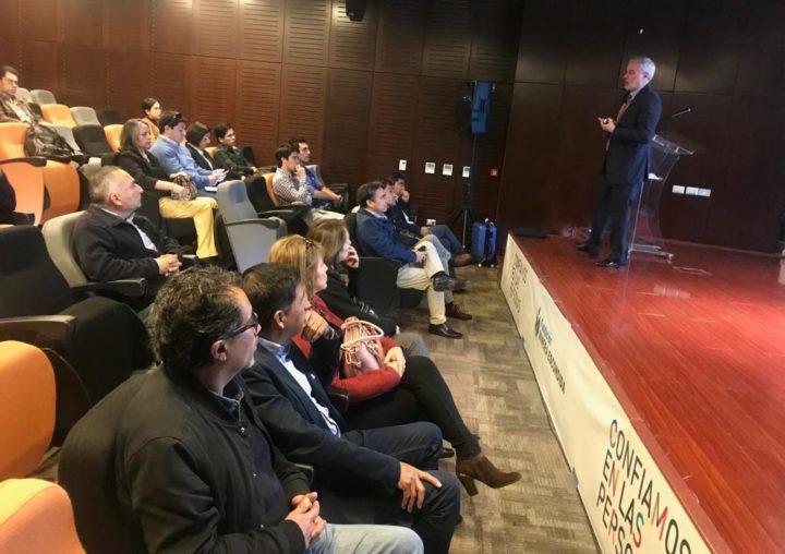 """Quinta charla del ciclo """"El desafío de acelerar la innovación en la región de Antofagasta"""""""